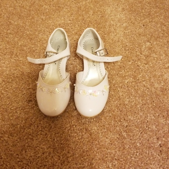 Christie&Jill Other - Toddler dressy shoes